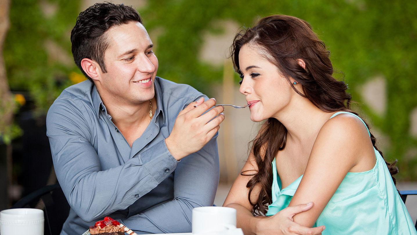 Lo_que_debes_hacer_con_tu_pareja_despues_de_hacer_el_amor_-_Bocados